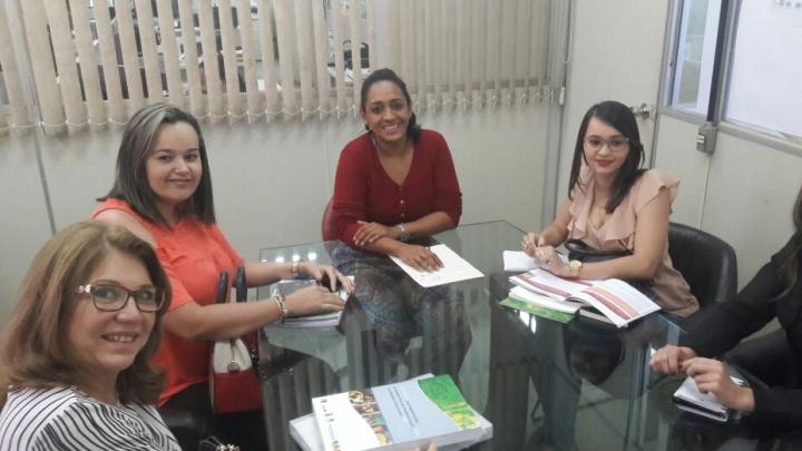 Gestão dialoga com a SETHAS para estreitar parceria