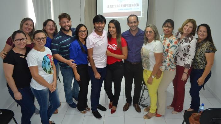 Prefeitura de São Miguel realiza palestra sobre empreendedorismo para auxiliar pequenos empresários
