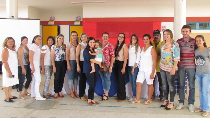 São Miguel: Creche Municipal realiza programação palestras para envolver pais e alunos