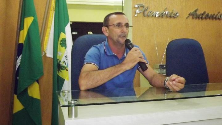 Prefeitura decreta Luto Oficial e Feriado pelo falecimento de ex-presidente da Câmara Municipal