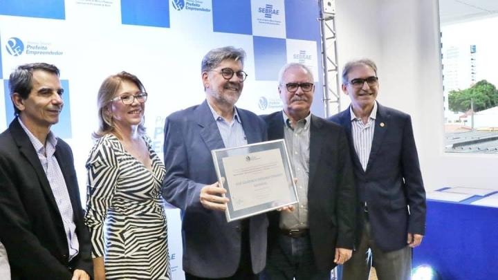 Zé Gaudêncio destaca participação de São Miguel no Prêmio Sebrae Prefeito Empreendedor