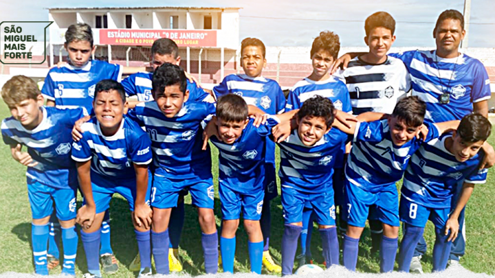 Escola Municipal Elisiário Dias é destaque no futebol de campo nos XLIX JERN's
