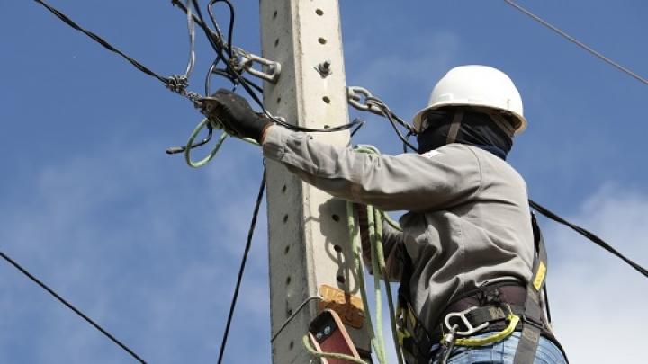 Melhorias no sistema de iluminação pública beneficia 11 comunidades de São Miguel